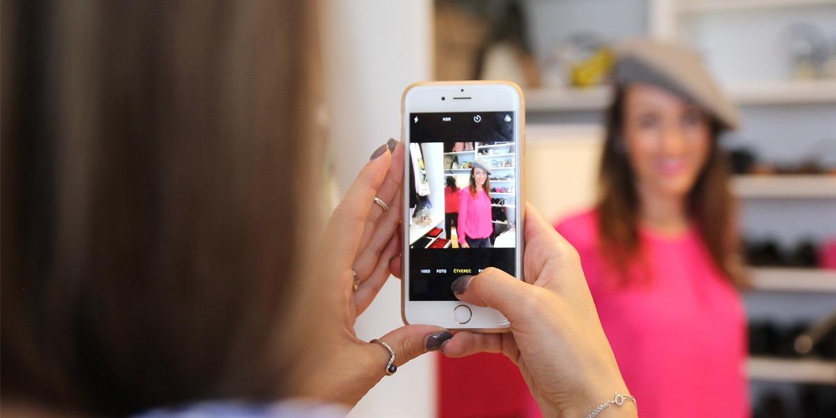 Klára Nekulová selfie konzultace