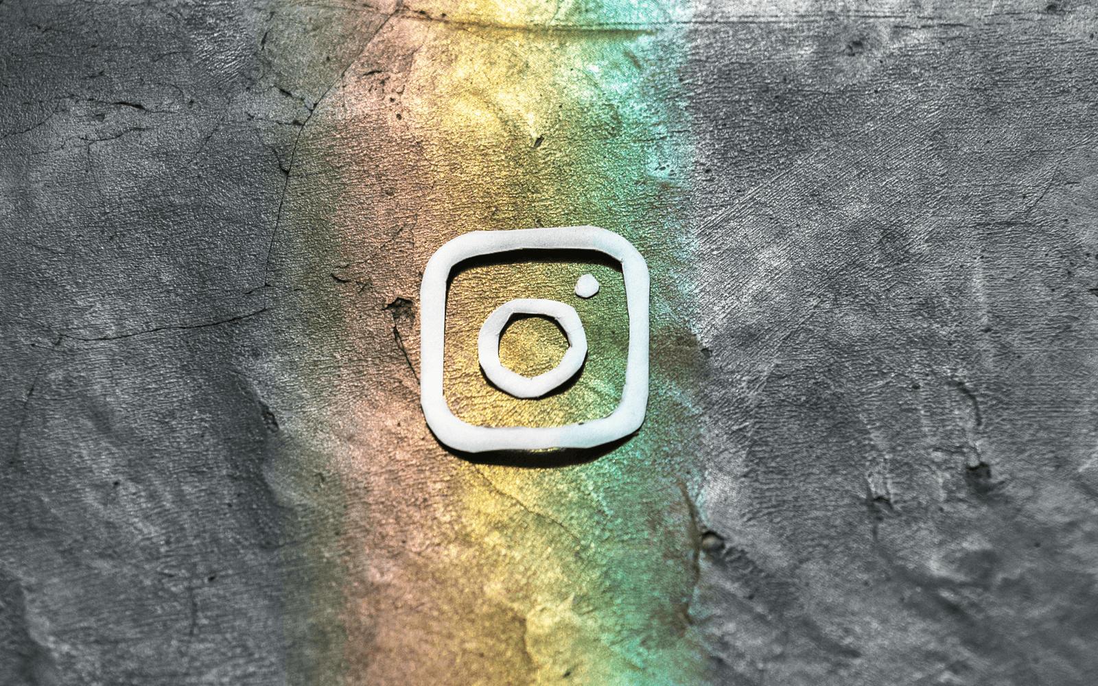 Instagram bez přihlášení. Jak zobrazit fotky a profily uživatelů?