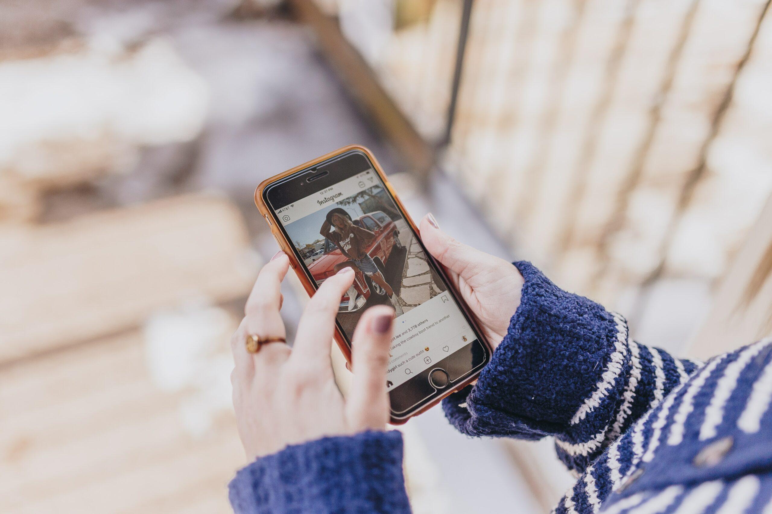 Jak dostat ozdobné písmo na Instagram?